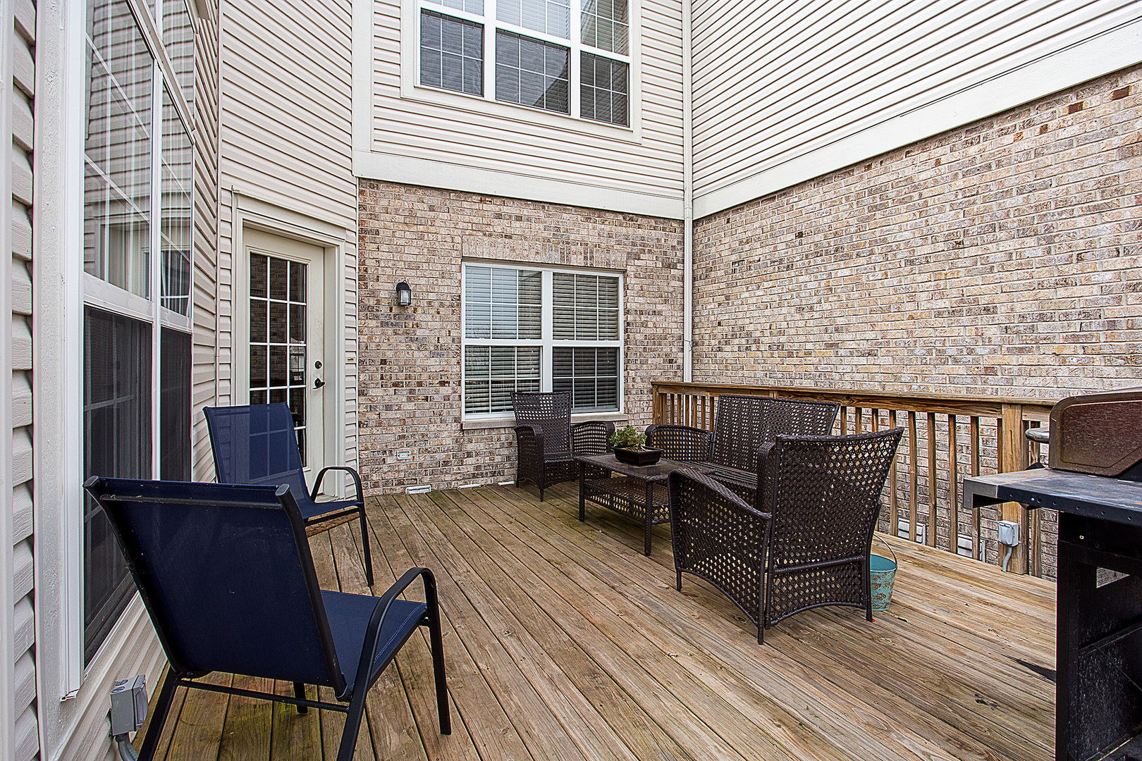 11909  Holly Court-4