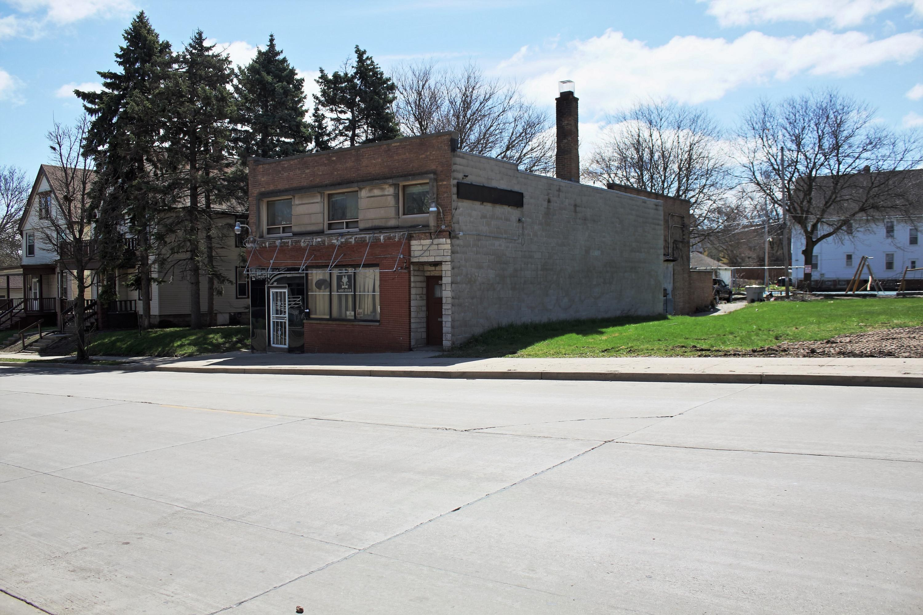 419 W Keefe Ave 423-2