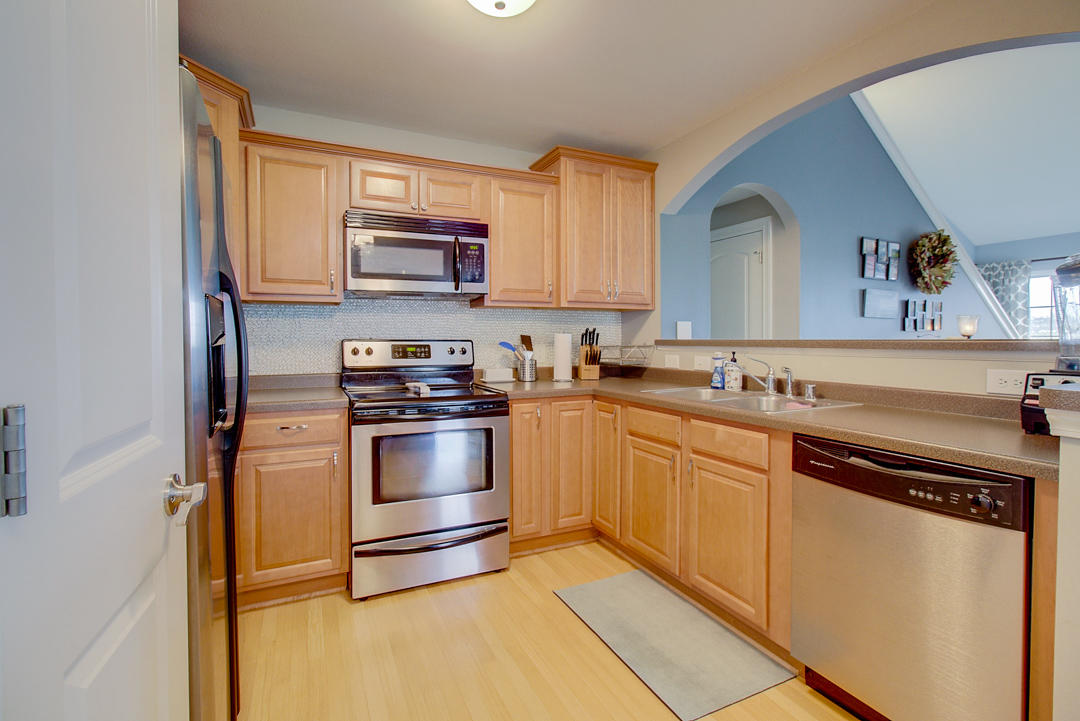 2540 W Colonial Woods Dr -8