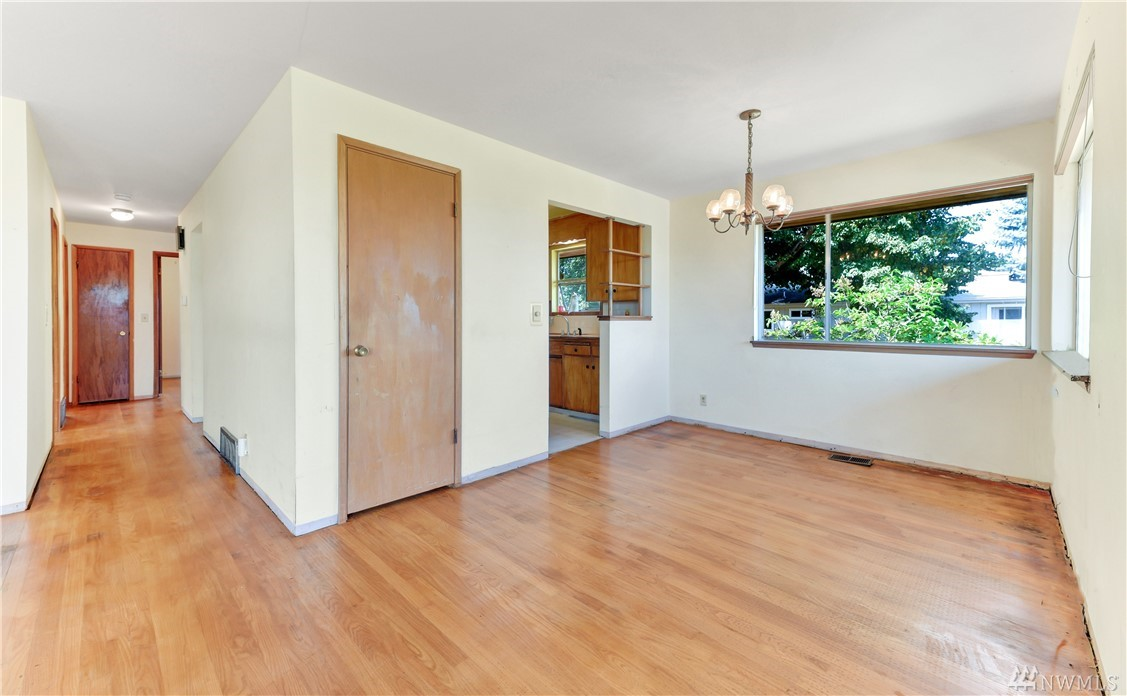 7127 30th Ave SW-2
