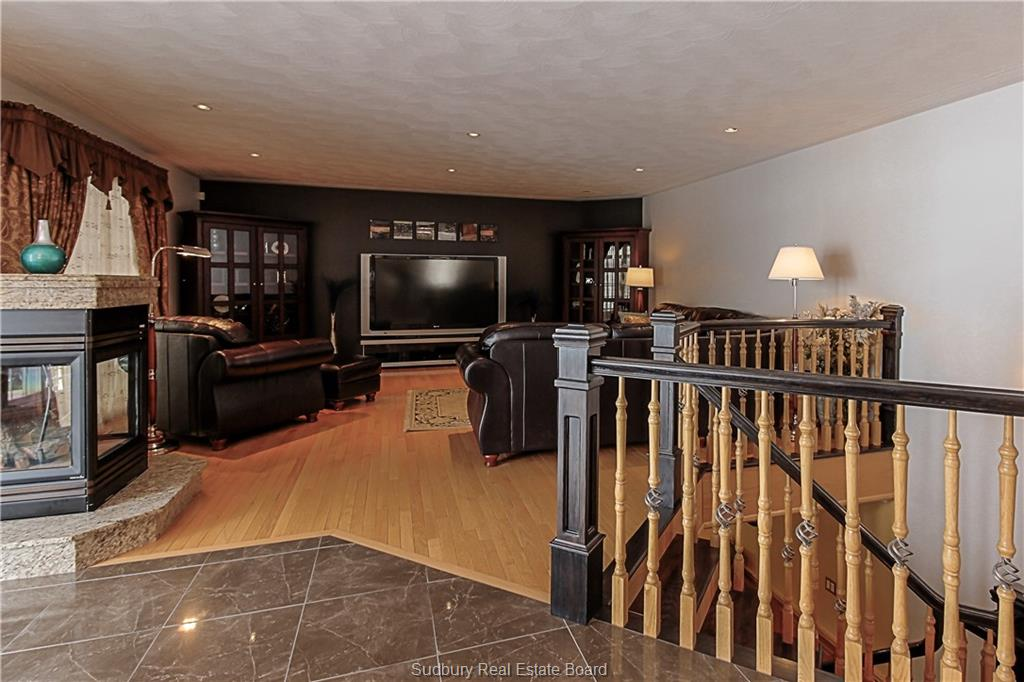 344 Lakeview Place 344  -9