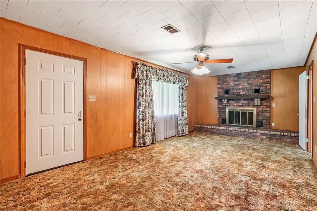 818 TELLY Road-3
