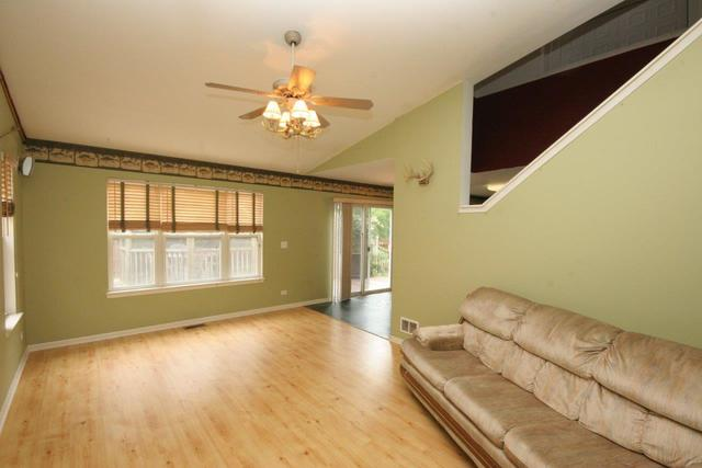2853  Forestview Drive-6